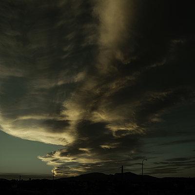 Dramatic sky, dark clouds, Mallorca - p1624m2195971 by Gabriela Torres Ruiz