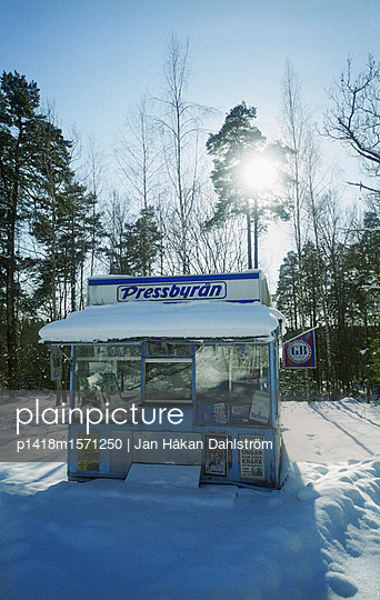 Zeitungskiosk - p1418m1571250 von Jan Håkan Dahlström