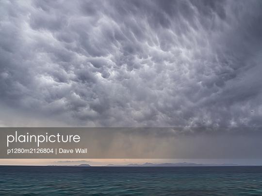 Gewitterwolken - p1280m2126804 von Dave Wall