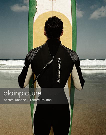 surfer - p378m2085672 by Richard Poulton