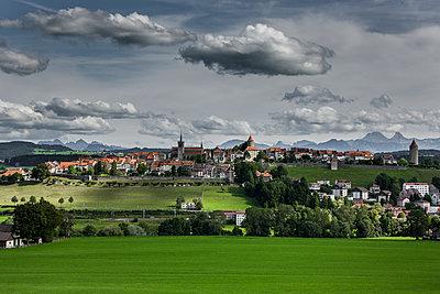 Ortsansicht Romont, Schweiz - p248m1492300 von BY