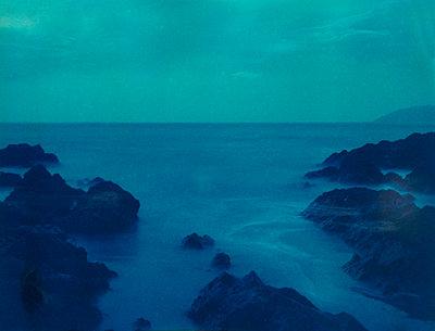 Binic beach - p1148m1034336 by Nicolas Poizot