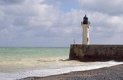 Leuchtturm am Strand - p2200281 von Kai Jabs