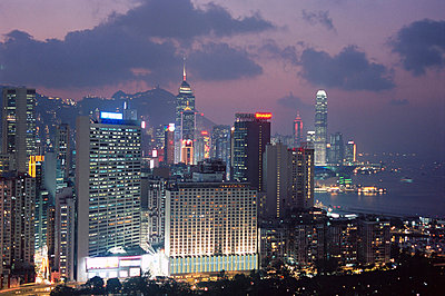 Hong Kong Island skyline, Causeway Bay, in the evening, Hong Kong, China, Asia - p8710718 by Amanda Hall