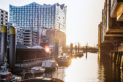 Speicherstadt Hamburg - p299m1225779 von Silke Heyer