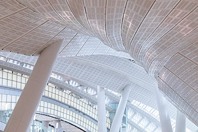 Interior of High Speed Rail Station, West Kowloon, Kowloon, Hong Kong - p651m2062161 by Ian Trower