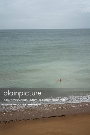 Beach holidays, Kent, Great Britain - p1578m2278105 by Marcus Hammerschmitt