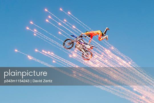 p343m1154243 von David Zentz