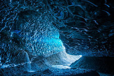 Large ice cave in the Vatnajokull ice cap, Southern Iceland; Iceland - p442m2091807 by Robert Postma