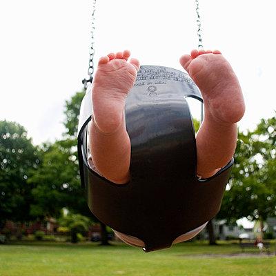Babyschaukel - p5410163 von Sylvia Serrado