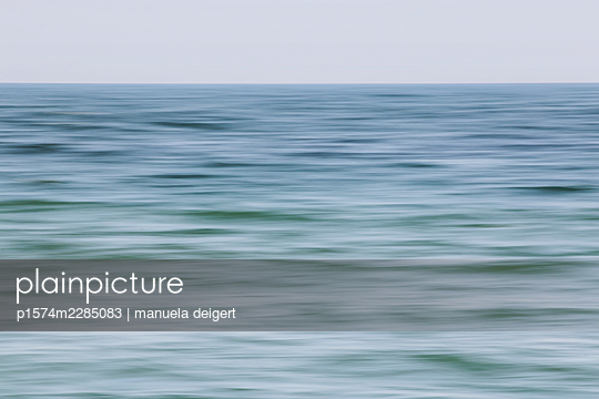 Whisper of the sea - p1574m2285083 by manuela deigert