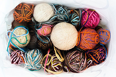 Several balls of wool - p1017m2099102 by Roberto Manzotti