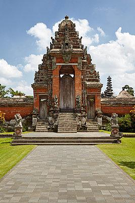 Tempel, Bali - p1272m1084049 von Steffen Scheyhing