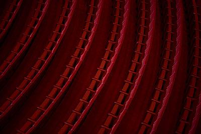 Theaterstühle - p1645m2223471 von Agnes Kinczer