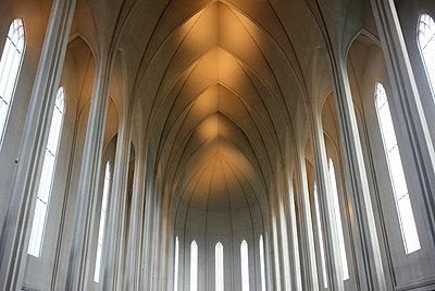 Church in Reykjavík - p226m851956 by Sven Görlich
