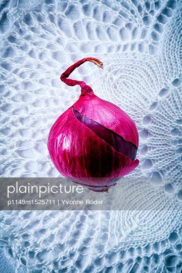 Zwiebel auf Häkeldecke - p1149m1525711 von Yvonne Röder