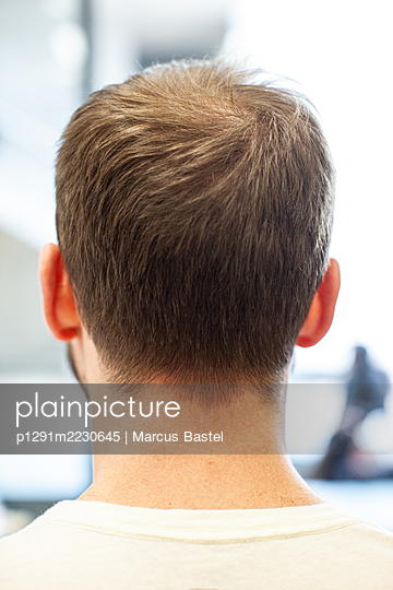 Man, Back of head  - p1291m2230645 by Marcus Bastel