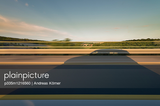 Motorway driving - p335m1216560 by Andreas Körner