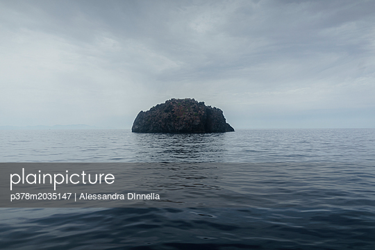 p378m2035147 von Alessandra DInnella