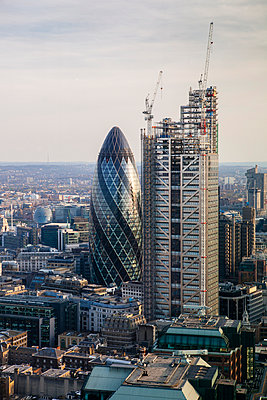 Gherkin, London - p1057m989481 by Stephen Shepherd