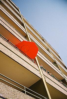red umbrella  - p1597m2223007 by Kathrin Anthea Leisch