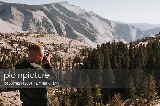 Views of Yosemite - p1507m2142831 by Emma Grann