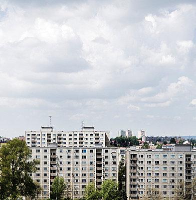 Hochhaeuser in Tschechien - p627m672318 by Kirsten Nijhof
