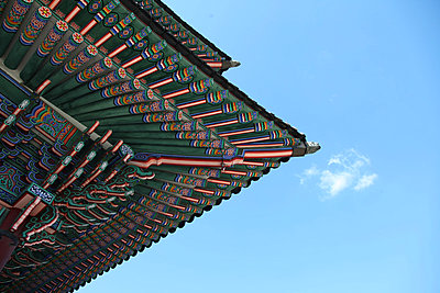 Tempeldach - p664m880349 von Yom Lam