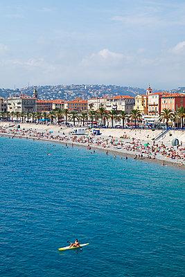Strand von Nizza - p021m951791 von Siegfried Kuttig