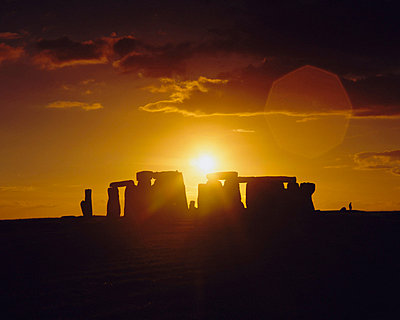 Stonehenge, Ancient ruins, Wiltshire, England, UK, Europe - p8713723 by Rob Mcleod