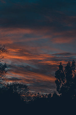 Sunset over Suffolk skies - p1628m2233792 by Lorraine Fitch