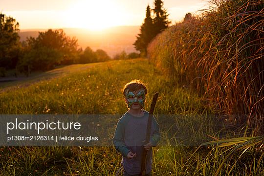 p1308m2126314 by felice douglas