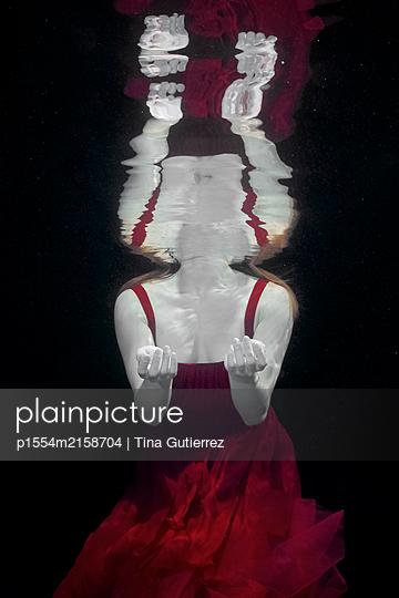 Underwater dancer - p1554m2158704 by Tina Gutierrez