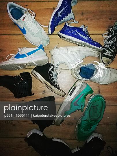 Verschiedene Sneakers - p551m1585111 von Kai Peters
