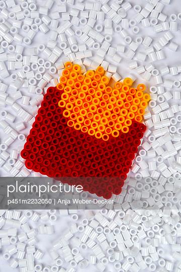 p451m2232050 by Anja Weber-Decker
