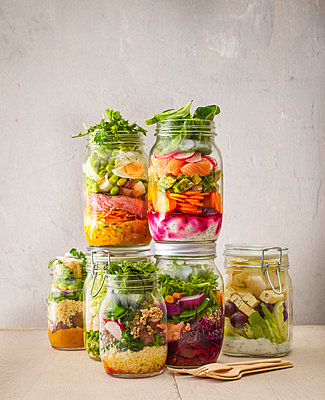 Preserving jars with various salads - p300m1459890 by Kai Schwabe
