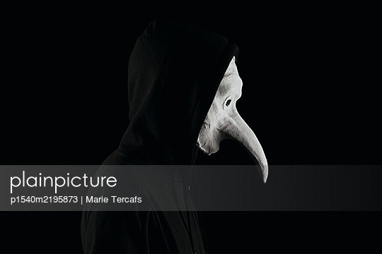 White mask with hooked nose - p1540m2195873 by Marie Tercafs