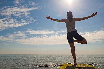 Yoga - p6691678 by Julian Winslow