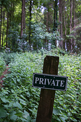 Private property - p1057m1146281 by Stephen Shepherd