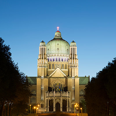 National Basilica of the Sacred Heart at dusk, Brussels, Belgium - p429m935325 by Alex Holland
