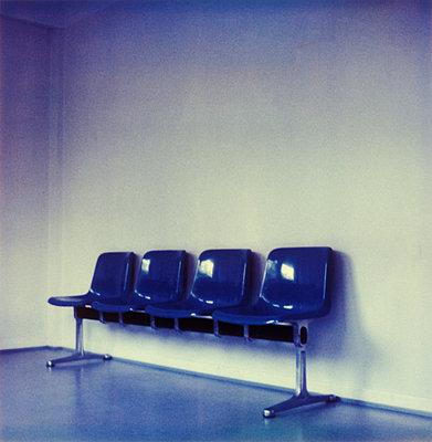 Sitzreihe auf dem Amt - p2370190 von Thordis Rüggeberg