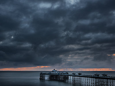 Victorain Pier with wind farm in distance out to sea - p1280m2098915 by Dave Wall