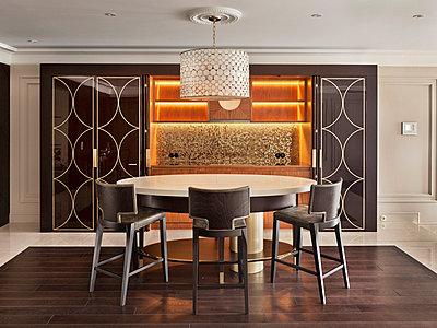 Luxury Living - Bar - p390m741247 by Frank Herfort