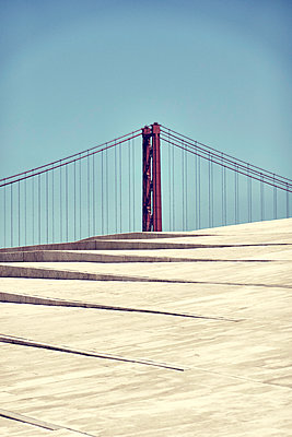 Golden Gate Bridge - p851m2110818 by Lohfink