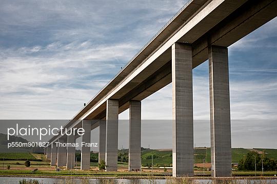 Maintalbrücke - p550m901827 von Thomas Franz