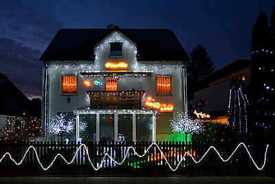 Christmas decoration - p876m1000521 by ganguin