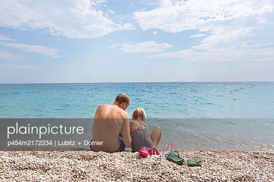 Togetherness - p454m2172234 by Lubitz + Dorner