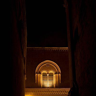 Palazzo Falson illuminated at night, Mdina, Malta - p429m824419 by Alex Holland