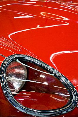 Roter Lack - p8320043 von Philippe Charlot