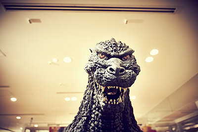Godzilla - p851m2077275 by Lohfink
